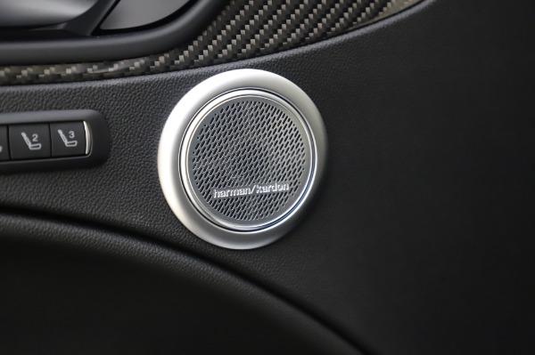 New 2020 Alfa Romeo Stelvio Quadrifoglio for sale $90,945 at Bentley Greenwich in Greenwich CT 06830 24