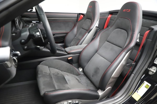 Used 2018 Porsche 911 Carrera 4 GTS for sale $137,900 at Bentley Greenwich in Greenwich CT 06830 15