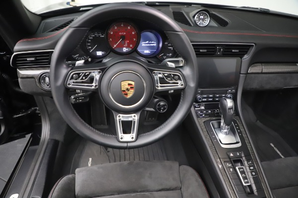 Used 2018 Porsche 911 Carrera 4 GTS for sale $137,900 at Bentley Greenwich in Greenwich CT 06830 18