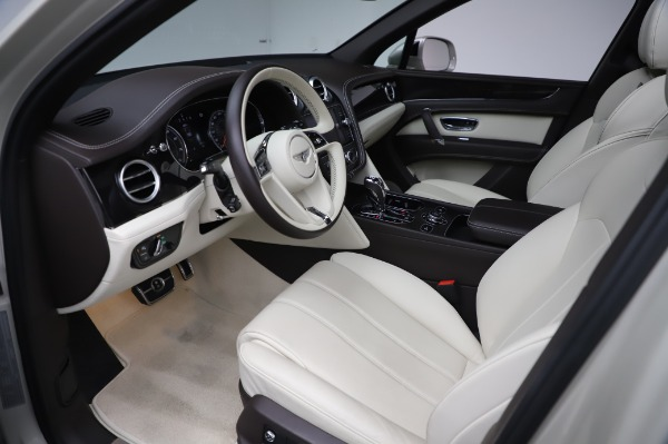 Used 2018 Bentley Bentayga Onyx Edition for sale Call for price at Bentley Greenwich in Greenwich CT 06830 17