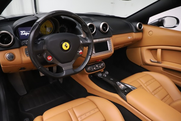 Used 2014 Ferrari California 30 for sale Sold at Bentley Greenwich in Greenwich CT 06830 19