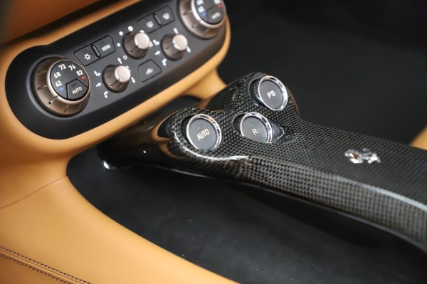 Used 2014 Ferrari California 30 for sale Sold at Bentley Greenwich in Greenwich CT 06830 28
