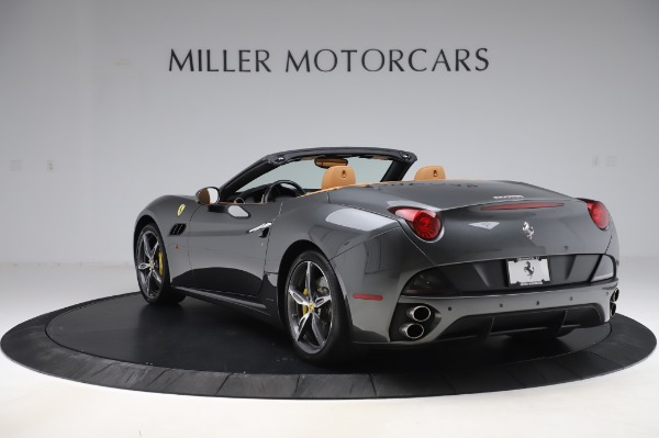 Used 2014 Ferrari California 30 for sale Sold at Bentley Greenwich in Greenwich CT 06830 4