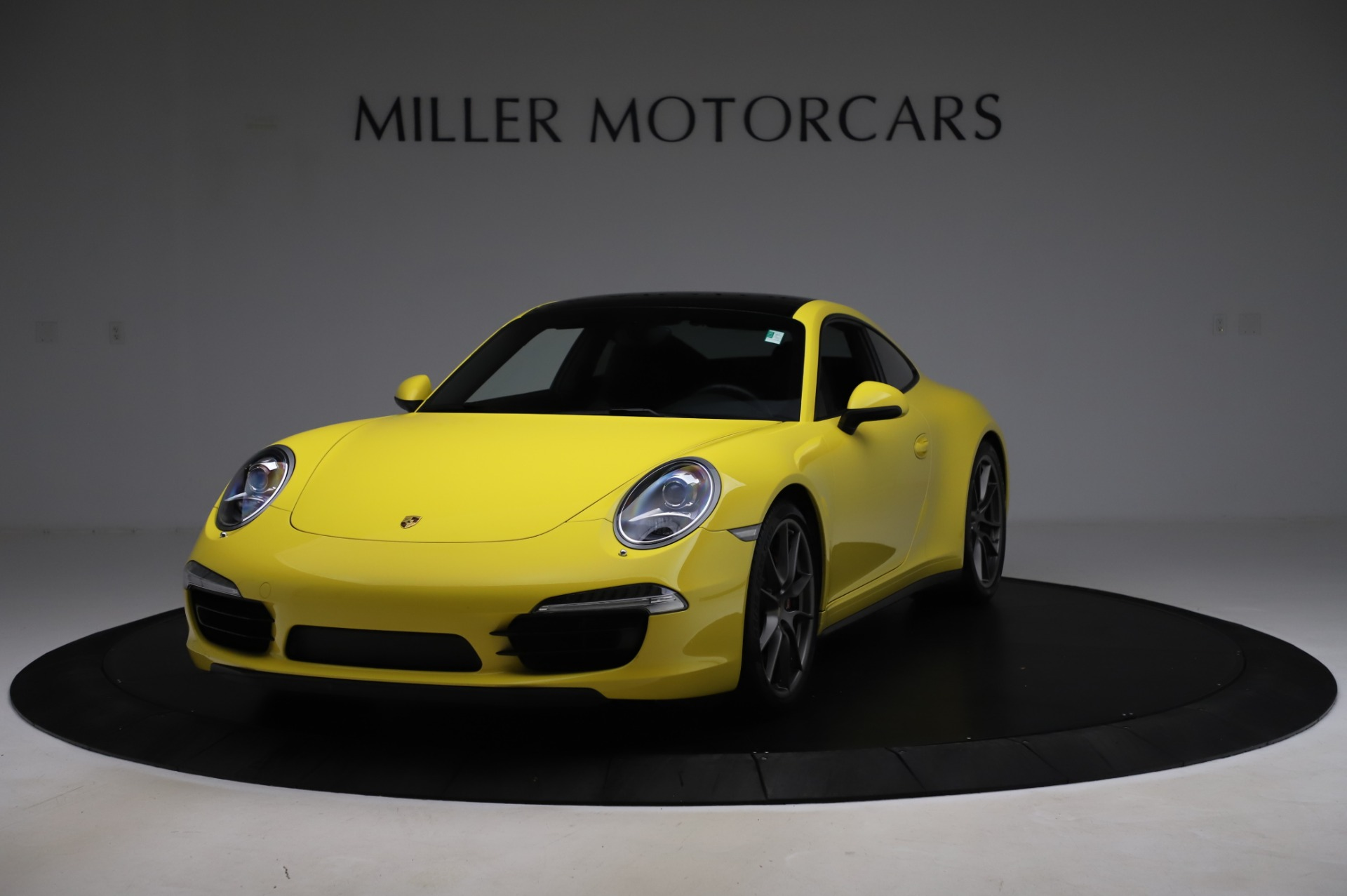 Used 2013 Porsche 911 Carrera 4S for sale $74,900 at Bentley Greenwich in Greenwich CT 06830 1