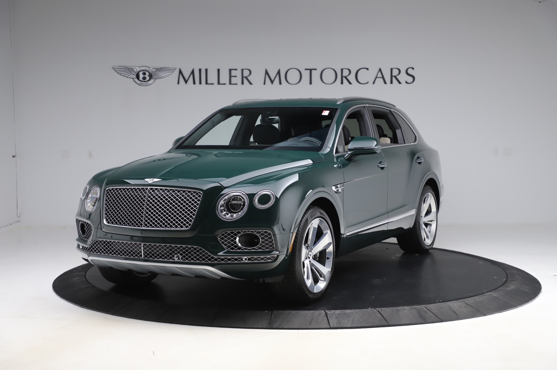 New 2020 Bentley Bentayga V8 for sale $189,900 at Bentley Greenwich in Greenwich CT 06830 1