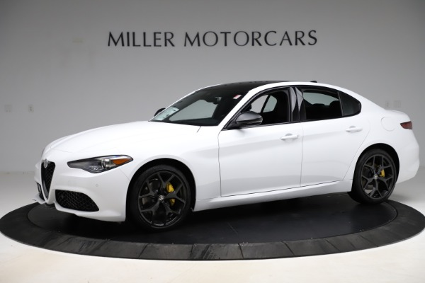 New 2020 Alfa Romeo Giulia Sport Q4 for sale $45,345 at Bentley Greenwich in Greenwich CT 06830 2