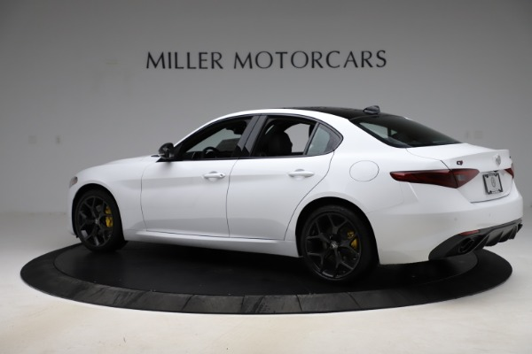 New 2020 Alfa Romeo Giulia Sport Q4 for sale $45,345 at Bentley Greenwich in Greenwich CT 06830 4
