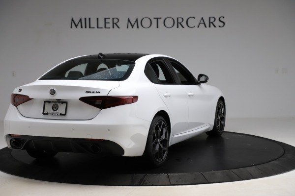 New 2020 Alfa Romeo Giulia Sport Q4 for sale $45,345 at Bentley Greenwich in Greenwich CT 06830 7