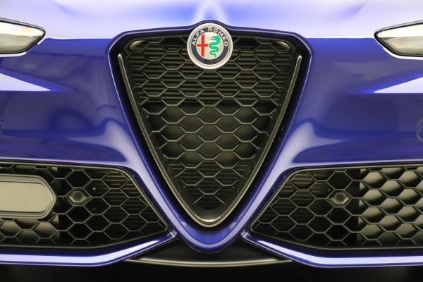 New 2020 Alfa Romeo Giulia Ti Sport Q4 for sale $47,995 at Bentley Greenwich in Greenwich CT 06830 13