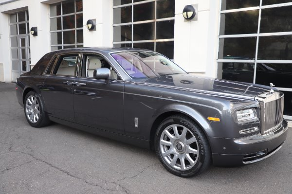 Used 2014 Rolls-Royce Phantom for sale $219,900 at Bentley Greenwich in Greenwich CT 06830 13