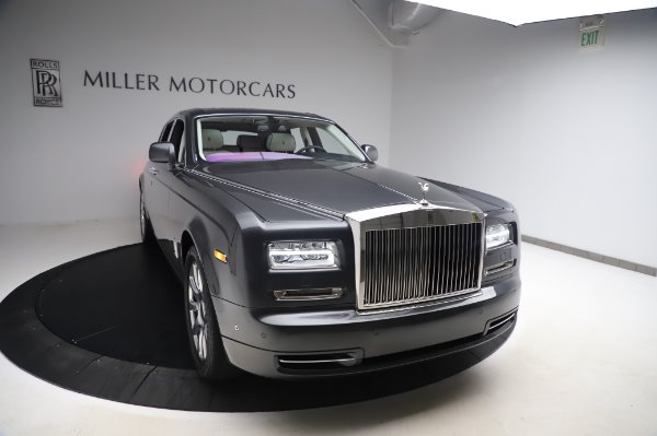 Used 2014 Rolls-Royce Phantom for sale $219,900 at Bentley Greenwich in Greenwich CT 06830 3
