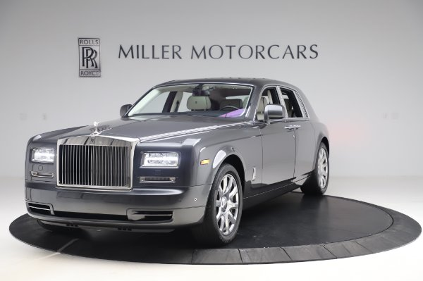 Used 2014 Rolls-Royce Phantom for sale $219,900 at Bentley Greenwich in Greenwich CT 06830 5