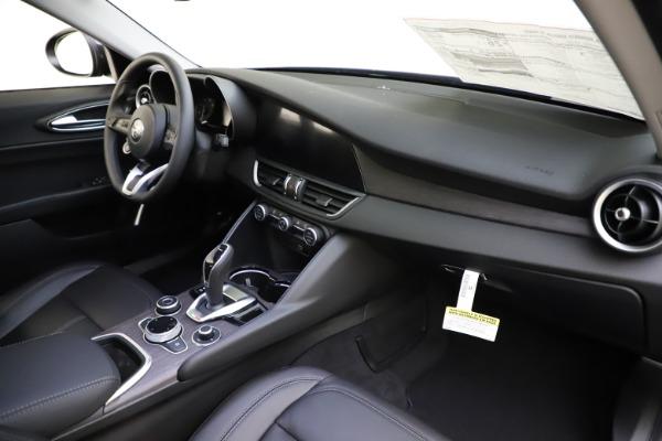 New 2020 Alfa Romeo Giulia Ti Q4 for sale $43,545 at Bentley Greenwich in Greenwich CT 06830 23
