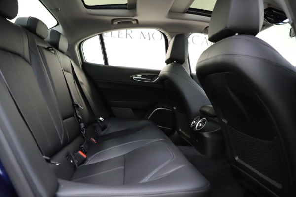 New 2020 Alfa Romeo Giulia Ti Q4 for sale $43,545 at Bentley Greenwich in Greenwich CT 06830 25