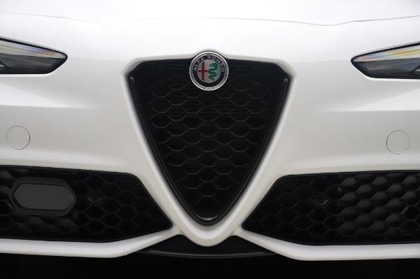 New 2020 Alfa Romeo Giulia Ti Sport Q4 for sale $46,495 at Bentley Greenwich in Greenwich CT 06830 13