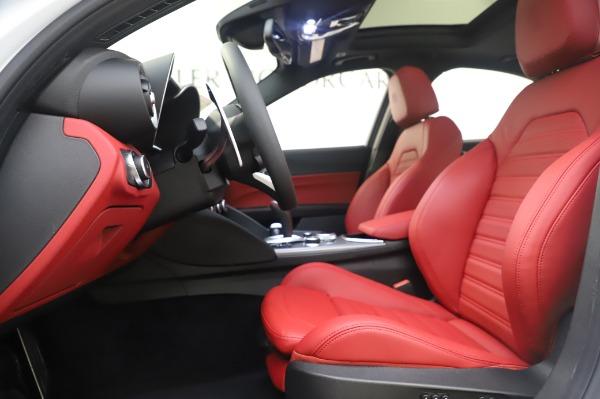 New 2020 Alfa Romeo Giulia Ti Sport Q4 for sale $46,495 at Bentley Greenwich in Greenwich CT 06830 15