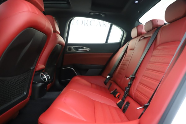 New 2020 Alfa Romeo Giulia Ti Sport Q4 for sale $46,495 at Bentley Greenwich in Greenwich CT 06830 19