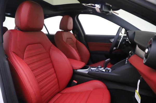 New 2020 Alfa Romeo Giulia Ti Sport Q4 for sale $46,495 at Bentley Greenwich in Greenwich CT 06830 22