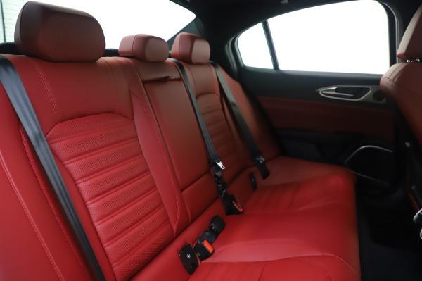 New 2020 Alfa Romeo Giulia Ti Sport Q4 for sale $46,495 at Bentley Greenwich in Greenwich CT 06830 26