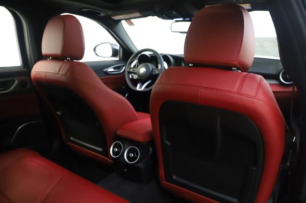 New 2020 Alfa Romeo Giulia Ti Sport Q4 for sale $46,495 at Bentley Greenwich in Greenwich CT 06830 28