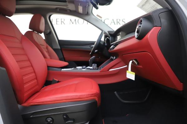 New 2020 Alfa Romeo Stelvio Ti Lusso Q4 for sale $54,145 at Bentley Greenwich in Greenwich CT 06830 24