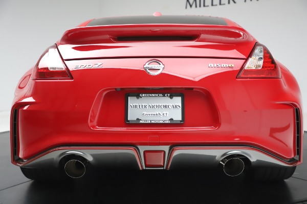 Used 2018 Nissan 370Z NISMO Tech for sale $39,900 at Bentley Greenwich in Greenwich CT 06830 13