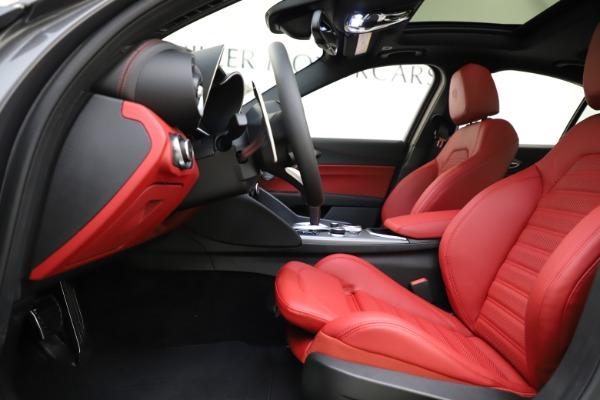 New 2020 Alfa Romeo Giulia Ti Sport Q4 for sale $48,595 at Bentley Greenwich in Greenwich CT 06830 14