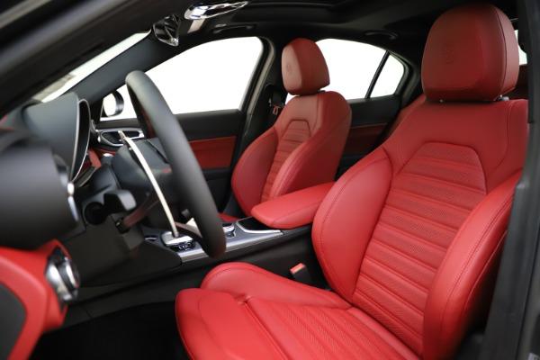 New 2020 Alfa Romeo Giulia Ti Sport Q4 for sale $48,595 at Bentley Greenwich in Greenwich CT 06830 15