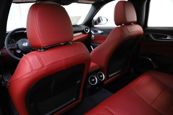 New 2020 Alfa Romeo Giulia Ti Sport Q4 for sale $48,595 at Bentley Greenwich in Greenwich CT 06830 20