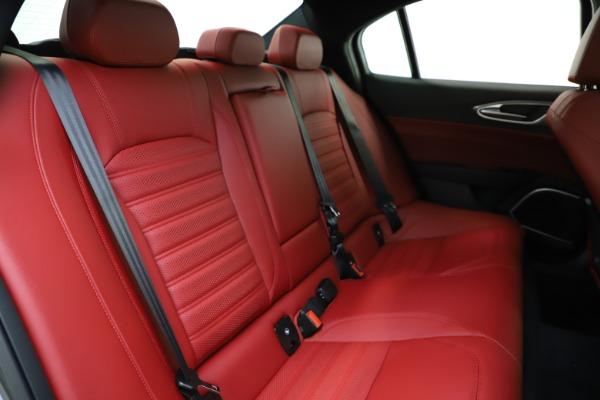 New 2020 Alfa Romeo Giulia Ti Sport Q4 for sale $48,595 at Bentley Greenwich in Greenwich CT 06830 26