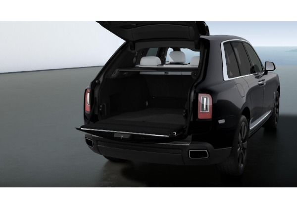 New 2021 Rolls-Royce Cullinan for sale $376,075 at Bentley Greenwich in Greenwich CT 06830 4