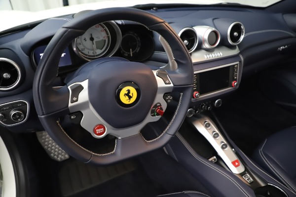 Used 2016 Ferrari California T for sale Sold at Bentley Greenwich in Greenwich CT 06830 27