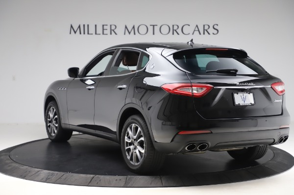 Used 2017 Maserati Levante Q4 for sale $51,900 at Bentley Greenwich in Greenwich CT 06830 6