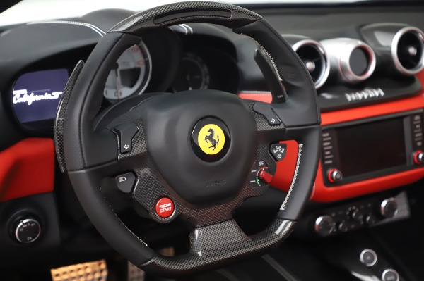 Used 2015 Ferrari California T for sale $159,900 at Bentley Greenwich in Greenwich CT 06830 19