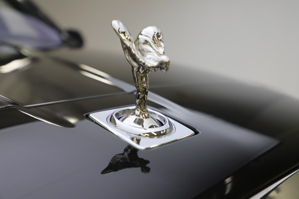 Used 2019 Rolls-Royce Cullinan Base for sale $349,900 at Bentley Greenwich in Greenwich CT 06830 23