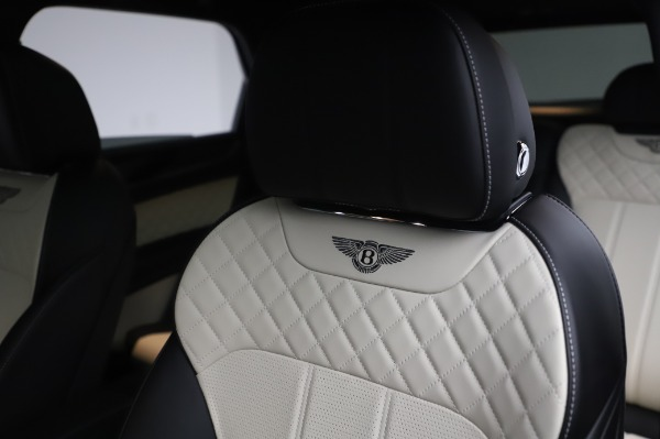 Used 2020 Bentley Bentayga V8 for sale Call for price at Bentley Greenwich in Greenwich CT 06830 18