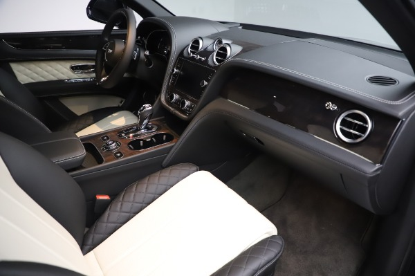 Used 2020 Bentley Bentayga V8 for sale Call for price at Bentley Greenwich in Greenwich CT 06830 25