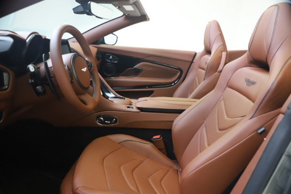 New 2020 Aston Martin DBS Superleggera Volante for sale $375,916 at Bentley Greenwich in Greenwich CT 06830 14
