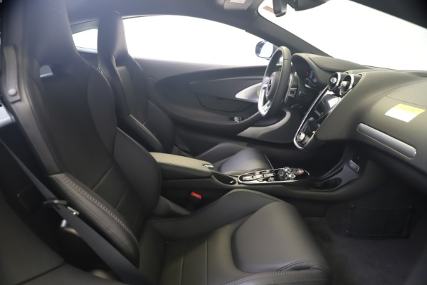 New 2020 McLaren GT Luxe for sale $247,125 at Bentley Greenwich in Greenwich CT 06830 18