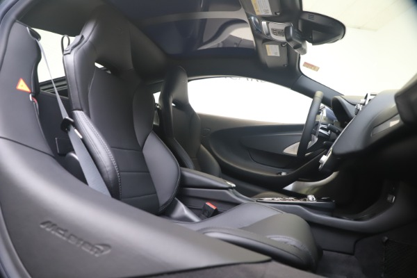New 2020 McLaren GT Luxe for sale $247,125 at Bentley Greenwich in Greenwich CT 06830 19