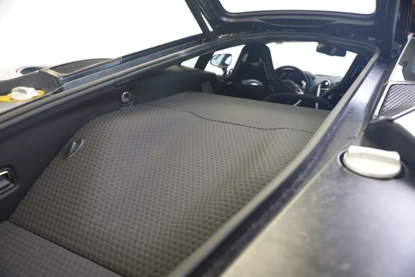 New 2020 McLaren GT Luxe for sale $247,125 at Bentley Greenwich in Greenwich CT 06830 20