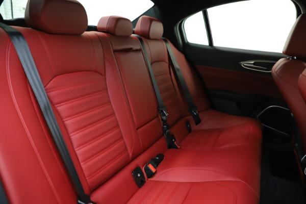 New 2020 Alfa Romeo Giulia Ti Sport Q4 for sale $52,395 at Bentley Greenwich in Greenwich CT 06830 25