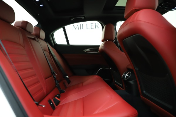 New 2020 Alfa Romeo Giulia Ti Sport Q4 for sale $52,395 at Bentley Greenwich in Greenwich CT 06830 26