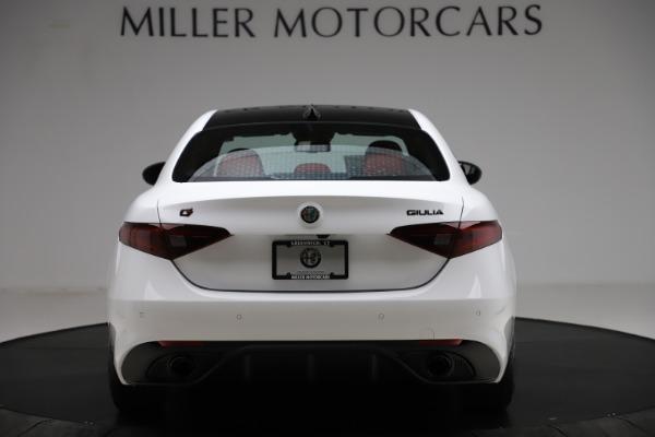 New 2020 Alfa Romeo Giulia Ti Sport Q4 for sale $52,395 at Bentley Greenwich in Greenwich CT 06830 6