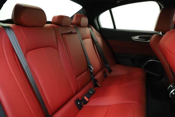 New 2020 Alfa Romeo Giulia Sport Q4 for sale Sold at Bentley Greenwich in Greenwich CT 06830 24