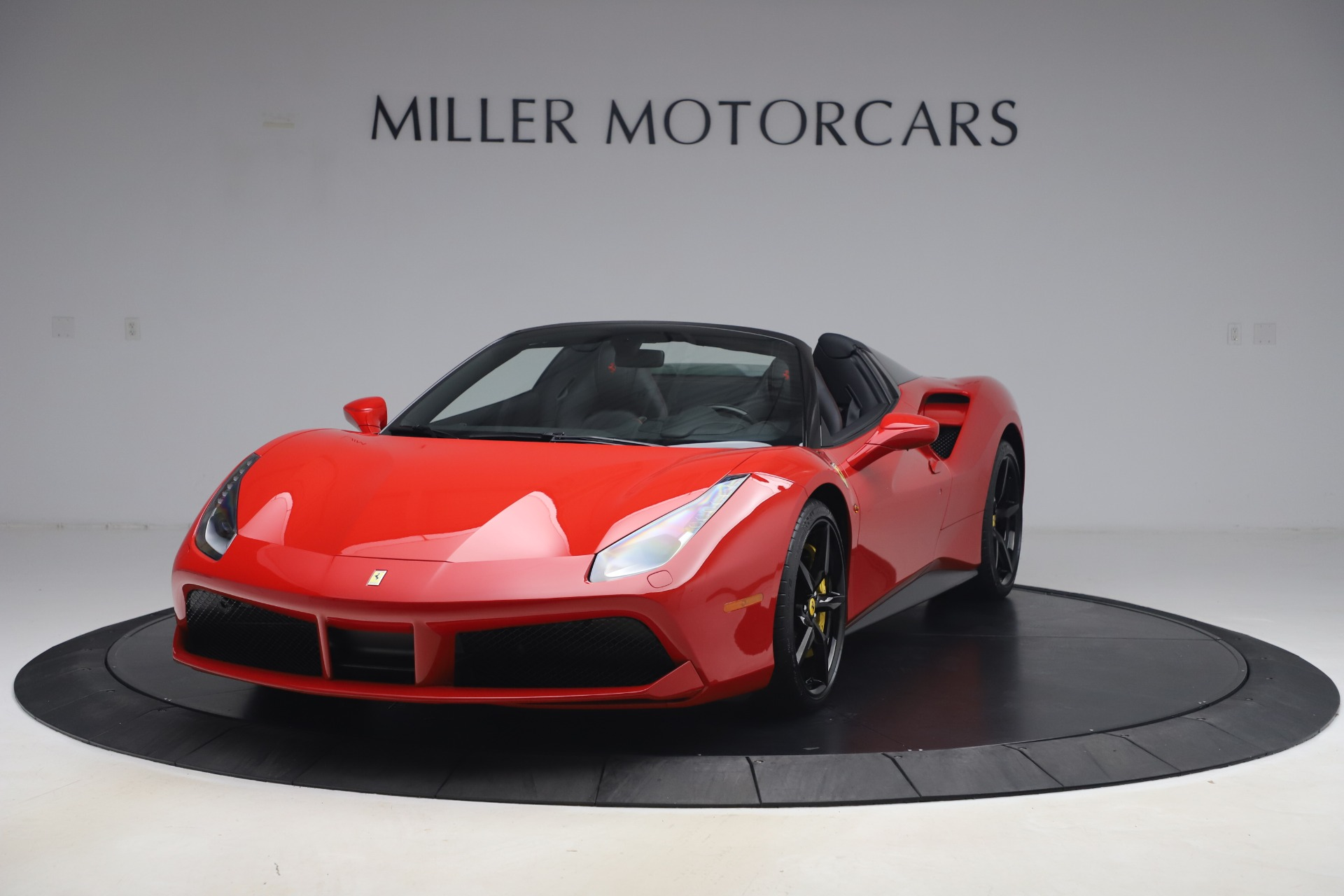 Used 2018 Ferrari 488 Spider for sale $286,900 at Bentley Greenwich in Greenwich CT 06830 1