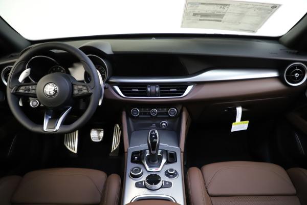 New 2020 Alfa Romeo Stelvio Ti Sport Q4 for sale Sold at Bentley Greenwich in Greenwich CT 06830 16