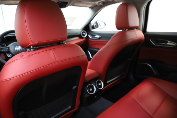 New 2020 Alfa Romeo Giulia Ti Q4 for sale Sold at Bentley Greenwich in Greenwich CT 06830 20