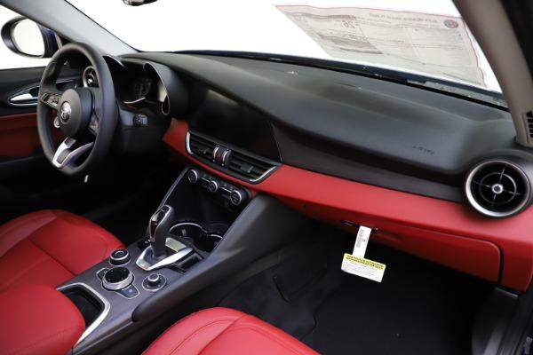 New 2020 Alfa Romeo Giulia Ti Q4 for sale $47,795 at Bentley Greenwich in Greenwich CT 06830 23
