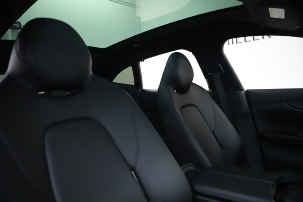 New 2021 Aston Martin DBX SUV for sale $194,486 at Bentley Greenwich in Greenwich CT 06830 20